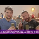 Muscle Building – Spinach & Berry Smoothie!
