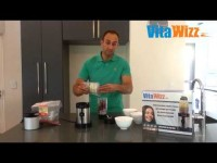VitaWizz – Making Smoothie